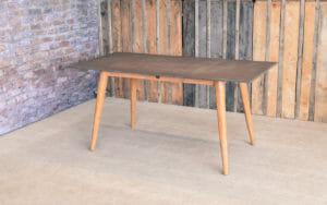 Lime Spisebord Bord 160 x 80 - Antique Acasia understell / Mørk Grå Betong topp