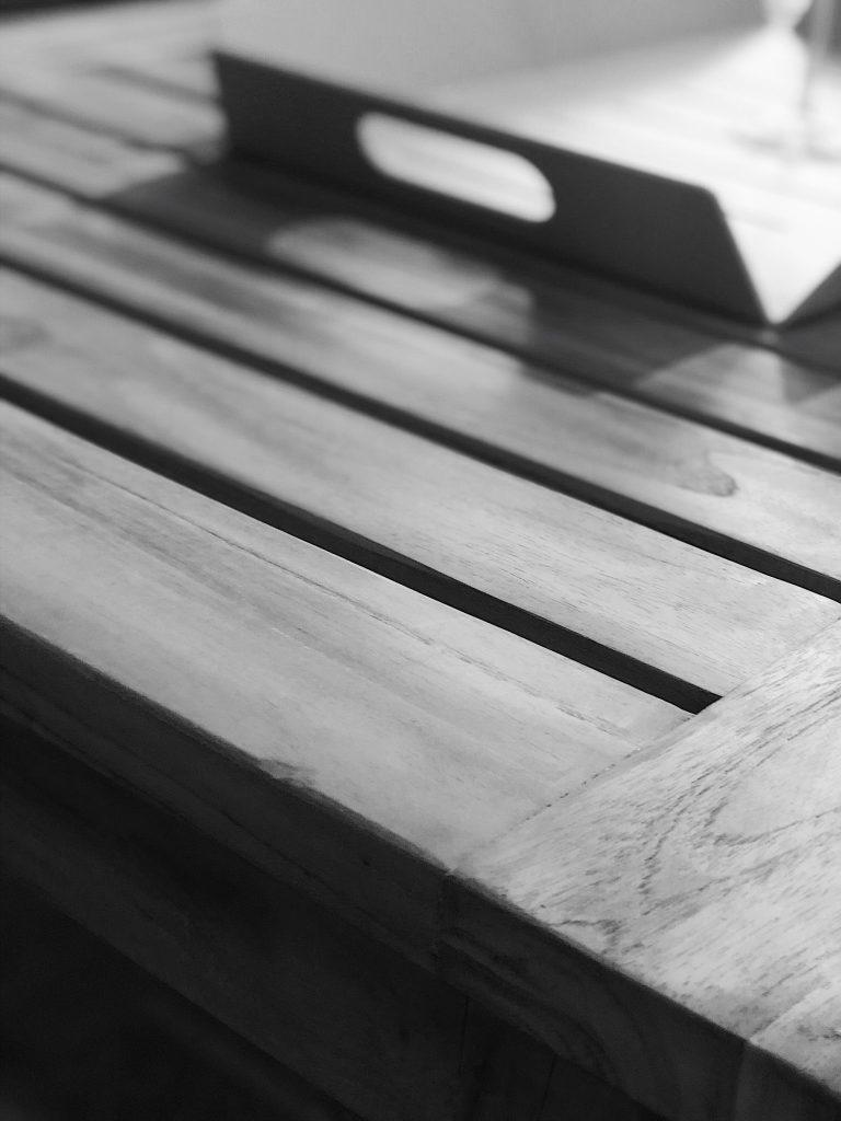 Bilde av tremøbler