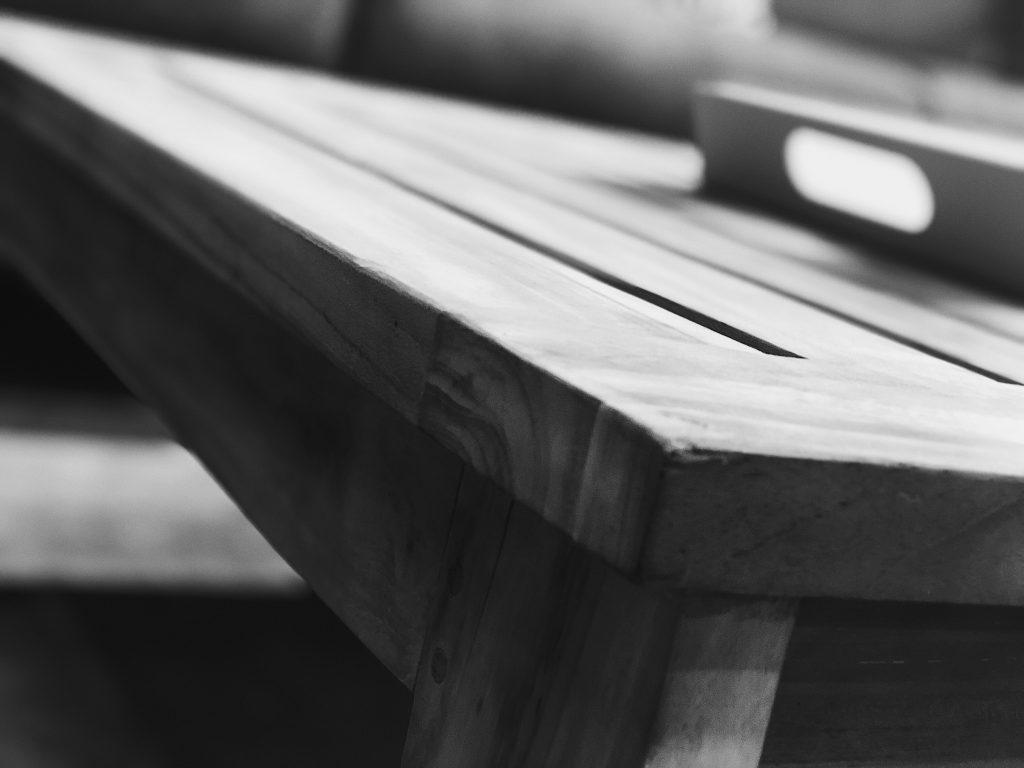 Bilde av teak tremøbler