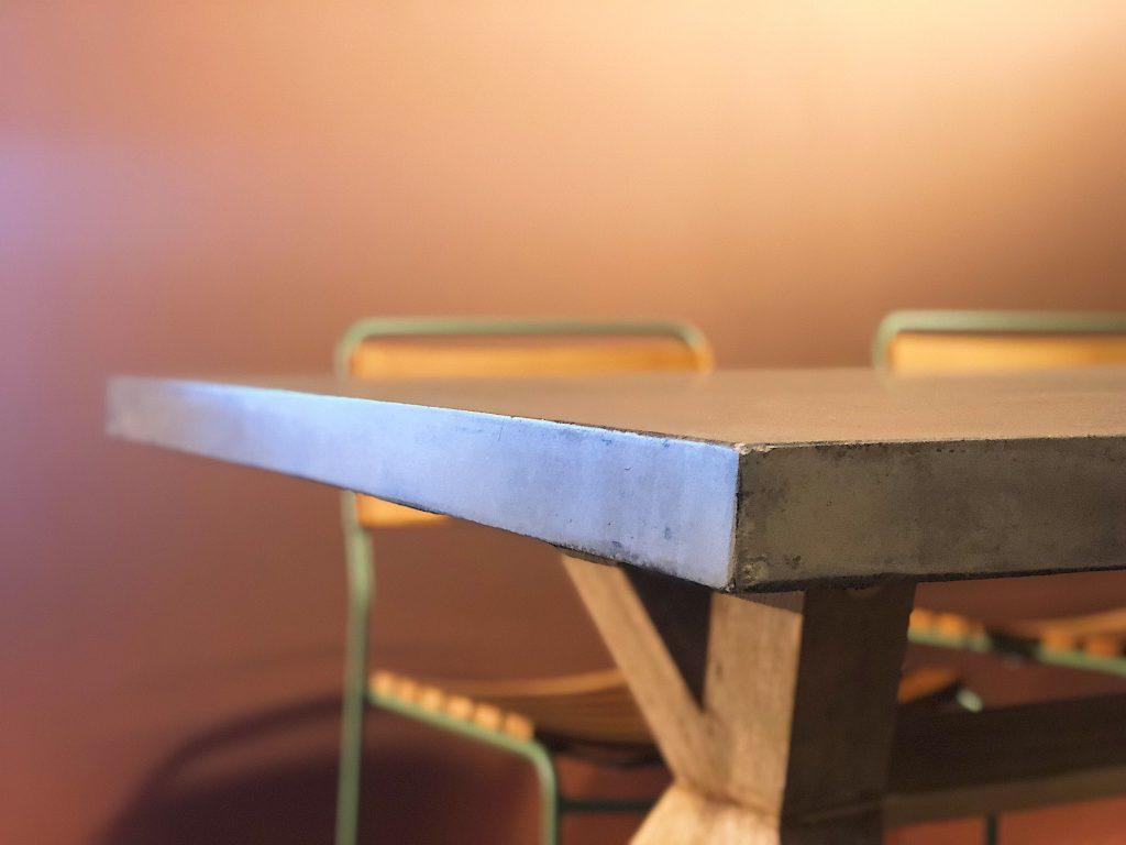 Bilde av bordplate i betong